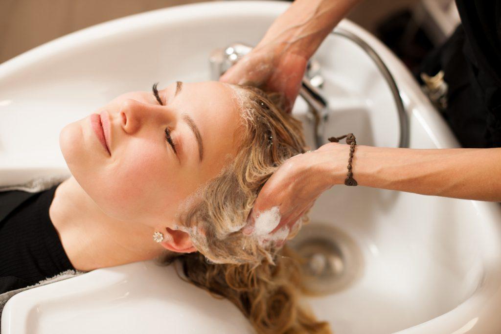 Tudo o que você precisa saber antes de tingir o cabelo